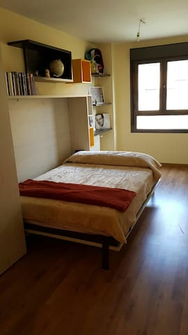 Private room in getafe madrid - Getafe - Lägenhet