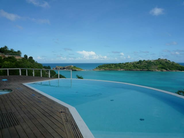 Villa Sugar Mill in Galley Bay - Five Islands village - Villa