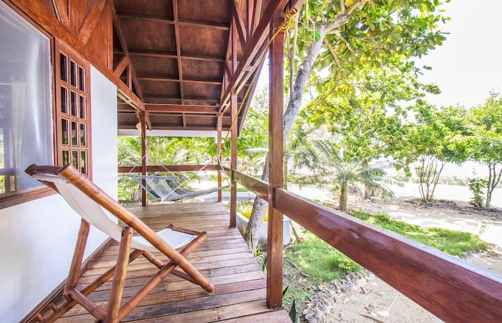 Casa Sinamay in Talima Beach Villas