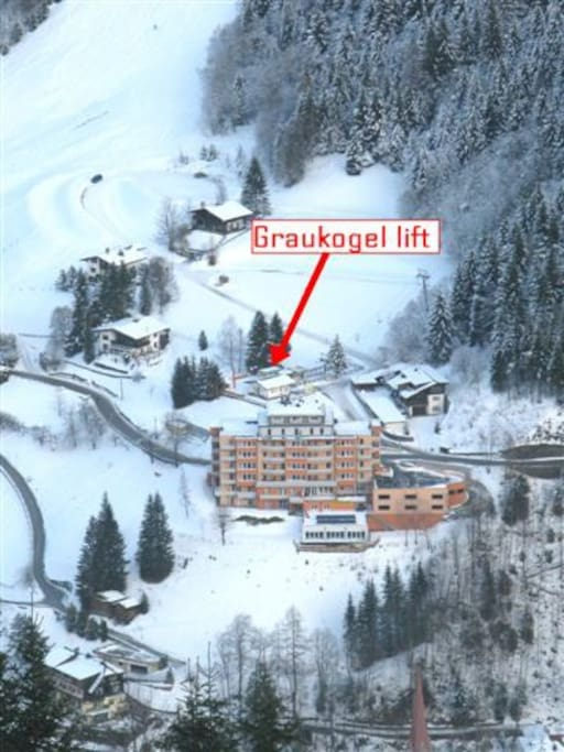 50 m to the Graukogel lift