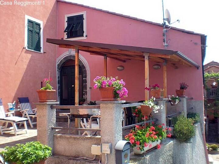 Holiday Casa Reggimonti 1