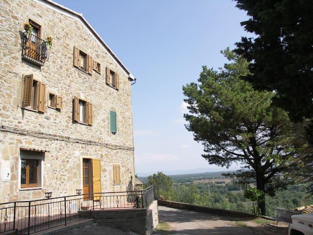 House in San Valentino di Sorano - Sorano - Casa