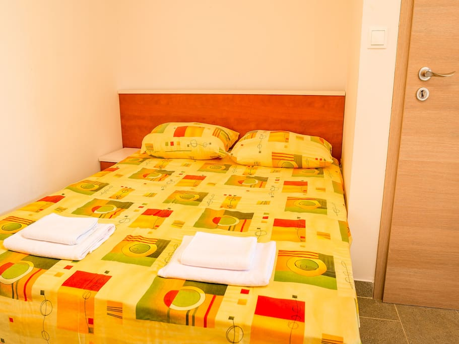 Bedroom, apt A
