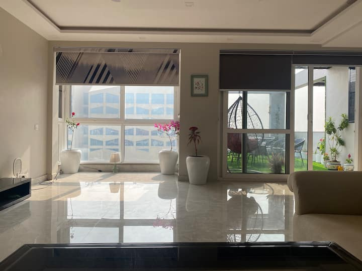 DREAM PENT HOUSE DWARKA NEAR METRO / IGI AIRPORT