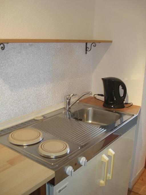 da028 2 zimmer wohnung unterrath wohnungen zur miete in d sseldorf nordrhein westfalen. Black Bedroom Furniture Sets. Home Design Ideas