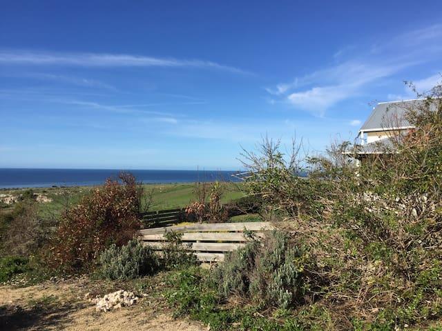 A  farmhouse retreat by the coast - Ardrossan - Maison