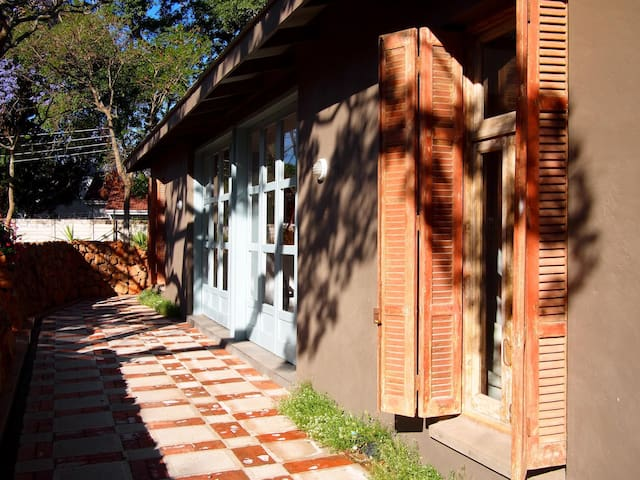 The Stable on Highlands saddle - Harare - Hus