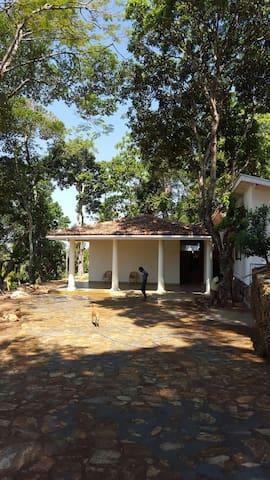 Old villa - Kandy - Casa