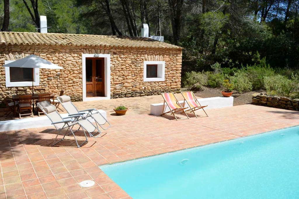 Can font tranquility and privacy et 0573 e villas - Can font les franqueses ...