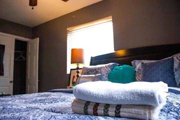 Luxury modern private room in Washington DC