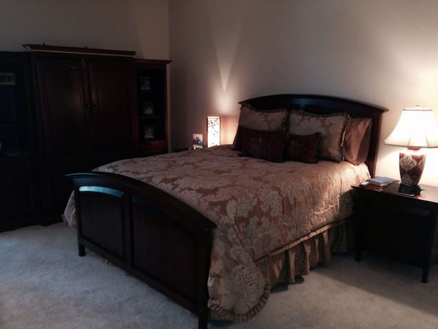Perfect Location! - Knoxville - Apartamento