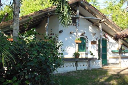 Chalet dans Parc Lomas de Arena - Santa Cruz de la Sierra