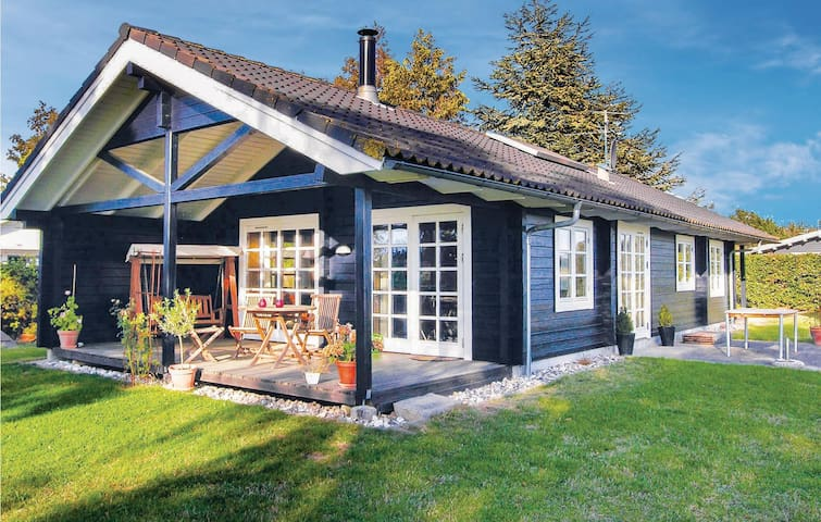 Holiday cottage with 2 bedrooms on 80 m² in Svendborg