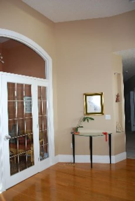 Find yourself in your private room once you walk to the end of the hallway.