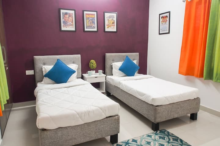 Unisex Accommodation for Couples or Singles
