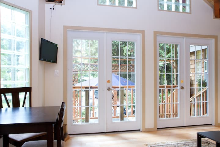 4 french doors give a sense of spaciousness