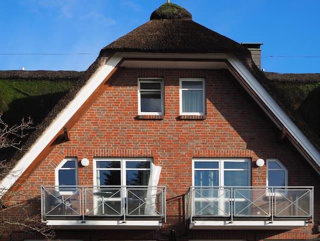 Lütt Hus  ( Ferienwohnung für bis zu 6 Personen)