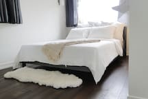 Bedroom alcove - queen sized bed.