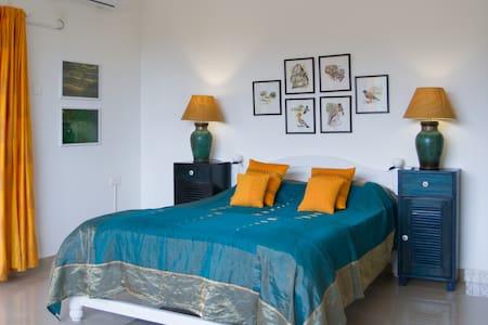 The Assagao House - Luxurious 3 BHK Villa - Assagao - Villa