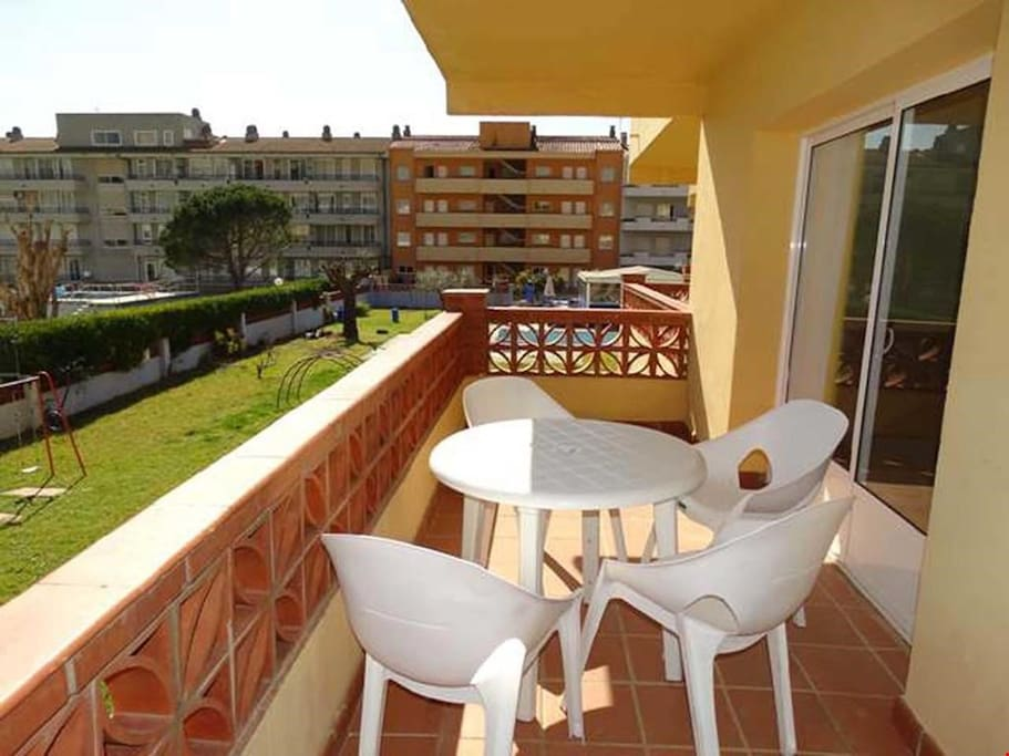 Enjoy the gorgeous Costa Brava sun from your balcony.