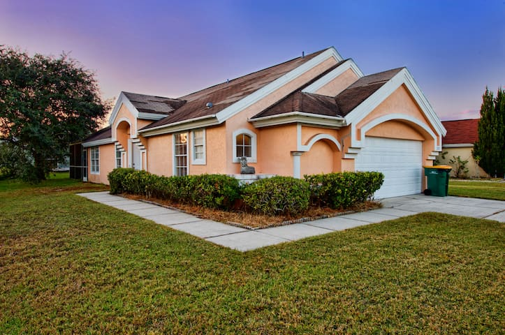 davenport angel ask for special houses for rent in kissimmee florida united states. Black Bedroom Furniture Sets. Home Design Ideas