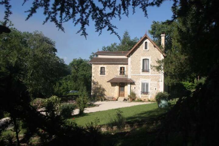Exquisitely Restored Villa on River