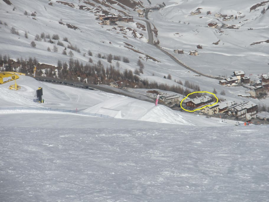vista della casa dallo snowpark mottolino