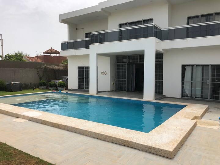 Villa Luxe Guereo avec vue sur la Lagune