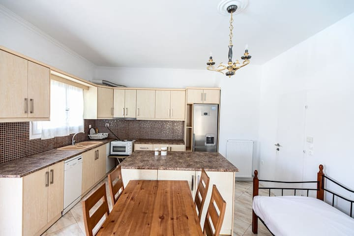One Bedroom Apartment (up to 5 people)
