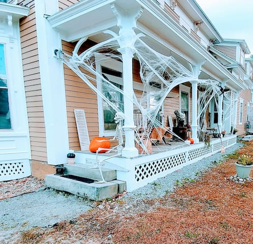 Great home base to explore the Sunapee Region, 3BR