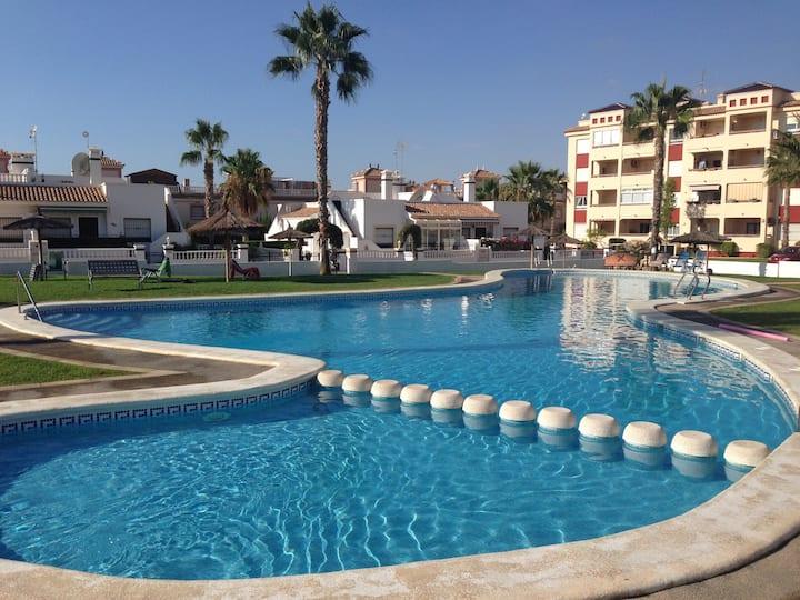 Two bed two bath Villa in Playa Flamenca