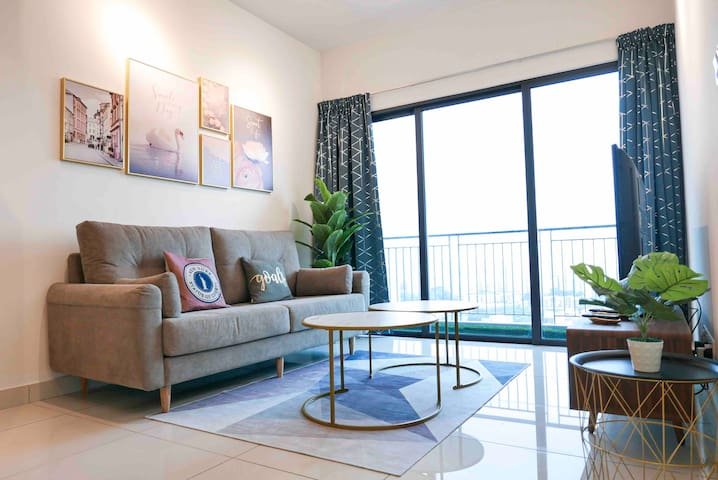 Bukit Jalil Cozy Place 5~7pax | 100Mbps TIME WIFI