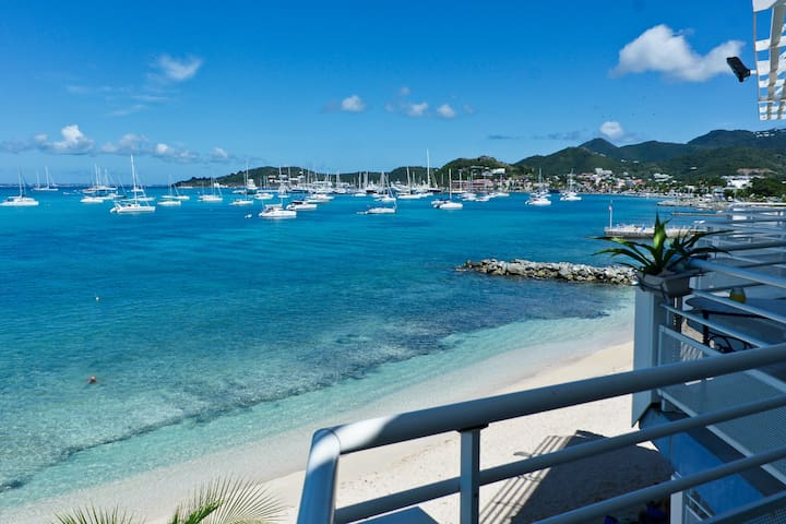 Superb Apartment Sea Panoramic View! - Baie de Marigot - Departamento