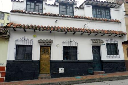 Habitación en casa colonial Bogota - Teljes emelet