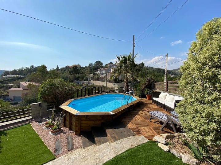Casa con jacuzzi, piscina y vistas cerca de Sitges