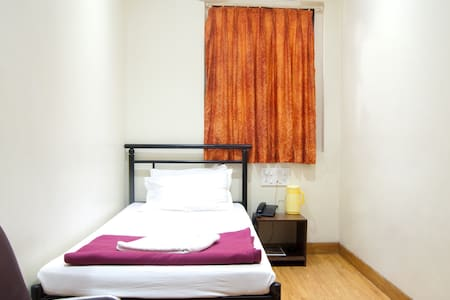 Centrally located Single Room  - Mumbai