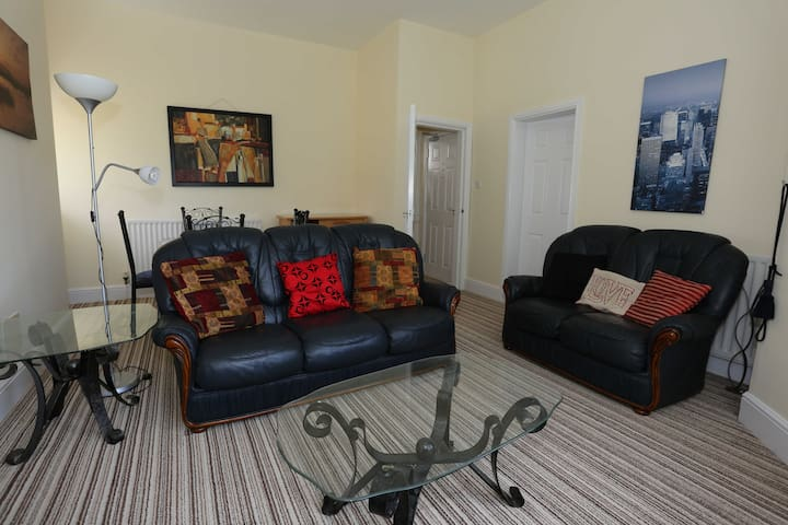 CENTRAL  RAMSEY QUIET  ONE BED APARTMENT