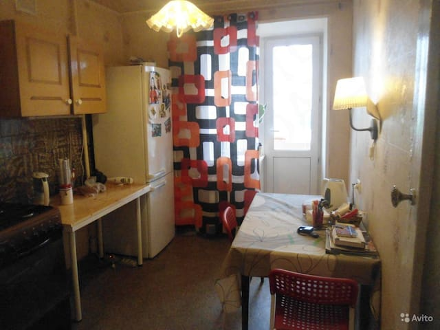 Солнечная  1 комнатная квартирка