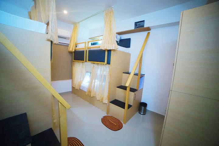 A/C Bunk Bed Room in Freshup Guruvayur