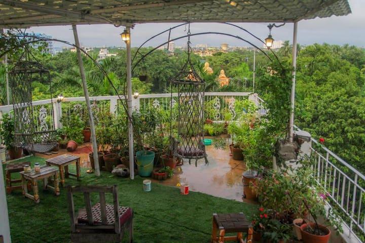 Owl's Nest 2:Cabin in RoofGarden & Private Sundeck