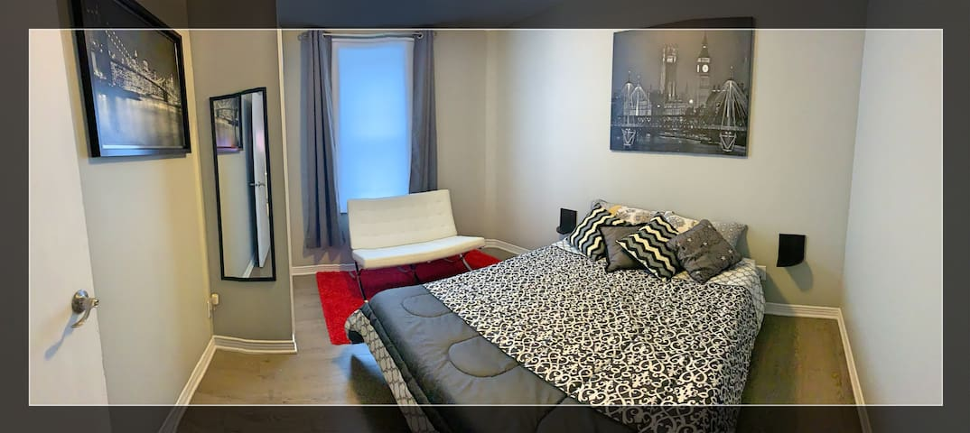 Downtown-Byward Market Modern Apt +1 Free Parking