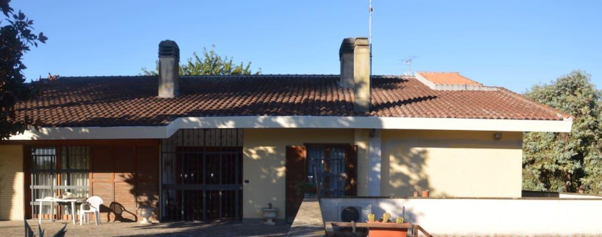 Accogliente appartamento in villa 1 - Castel di Decima - Appartamento