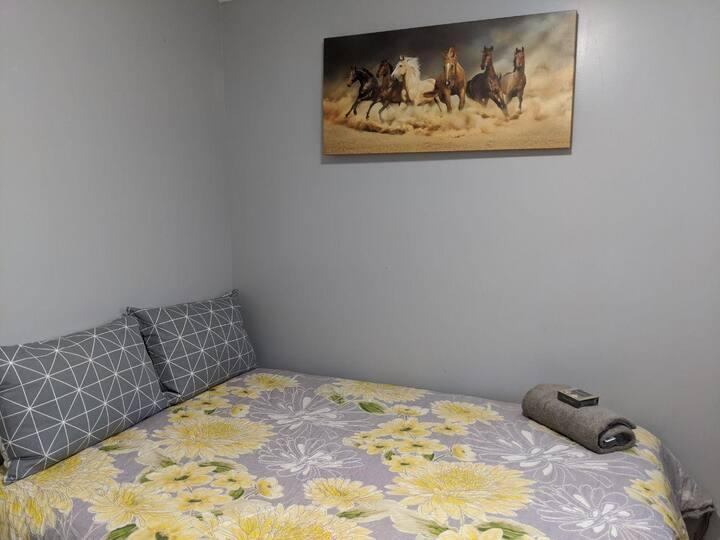 Castleguard Cozy Bedroom