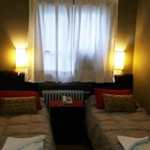 Hab. Doble (2 camas) Céntrica. E