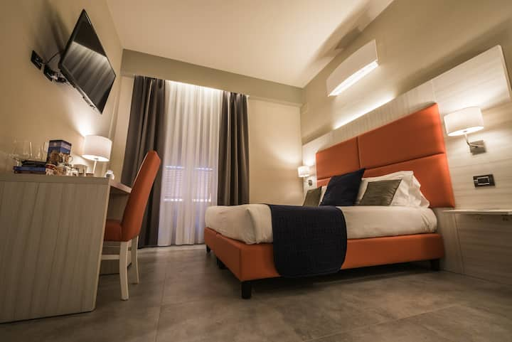 Boutique Hotel-5 Terre Gateway-DOUBLE OR TWIN ROOM