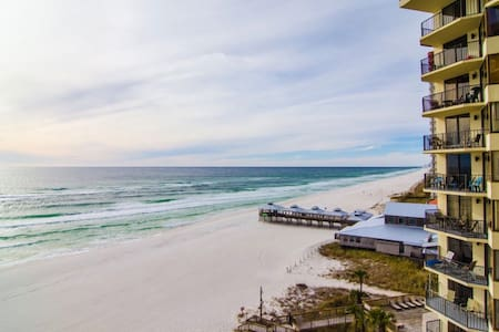 Luxury Beach Gateaway On The Sand - Panama City - Condominium