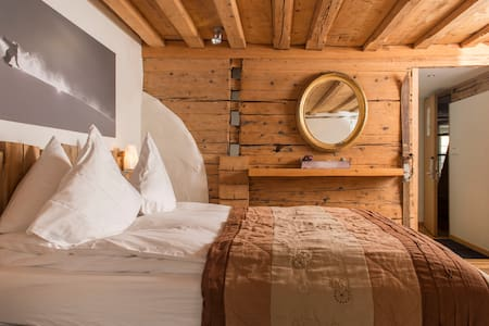Authentic Cozy Eco Boutique Hotel in Andermatt