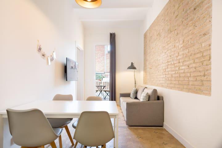 Olala Design Apartment 3.2 |Balcony| 10m Pl.España