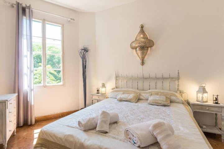 Habitación en Ciutadella en casa compartida