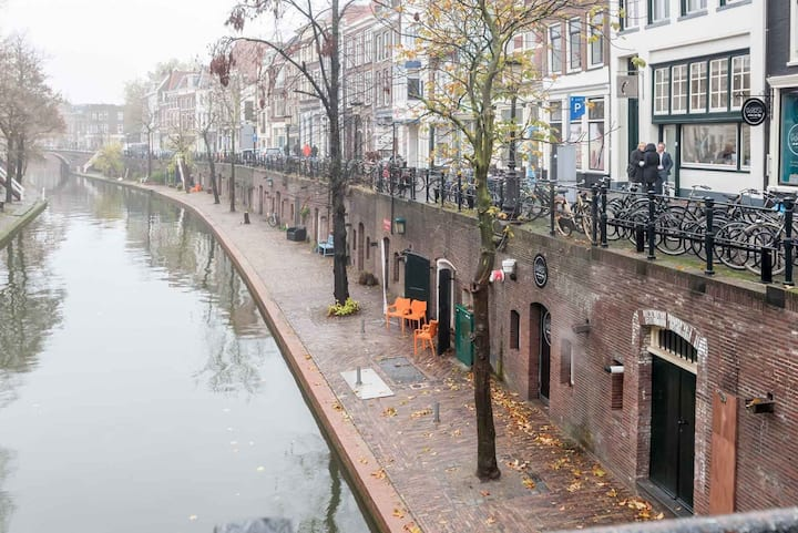 Luxurious stay in a historical wharfcellar